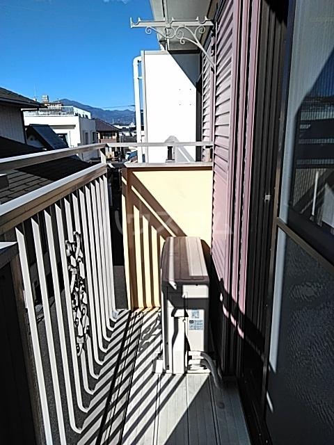 コーラルハイム平塚 202号室のバルコニー