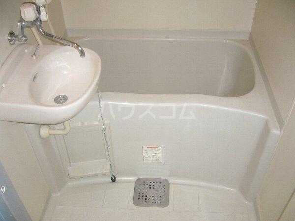 ジュピター翔 204号室の洗面所