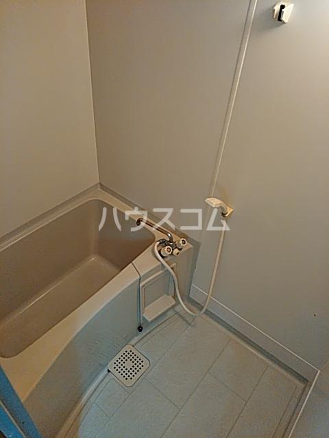 オークハイム 102号室の風呂