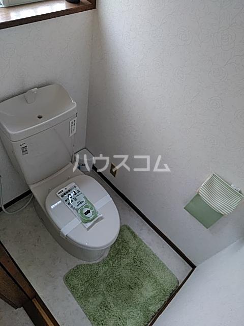 オークハイム 102号室のトイレ