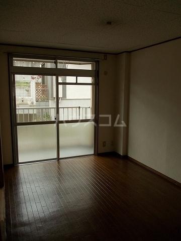 エクシ-ド久末 01020号室の居室