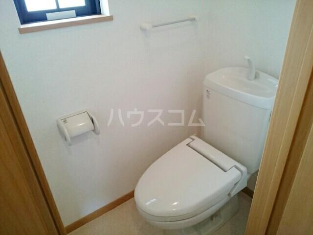 フォレスト・ケイ弐番館 02020号室のトイレ