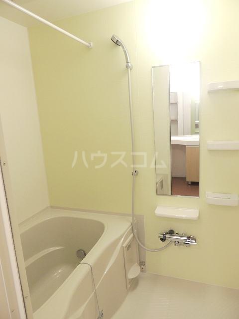 ラ・カンパーニャ 01020号室の風呂