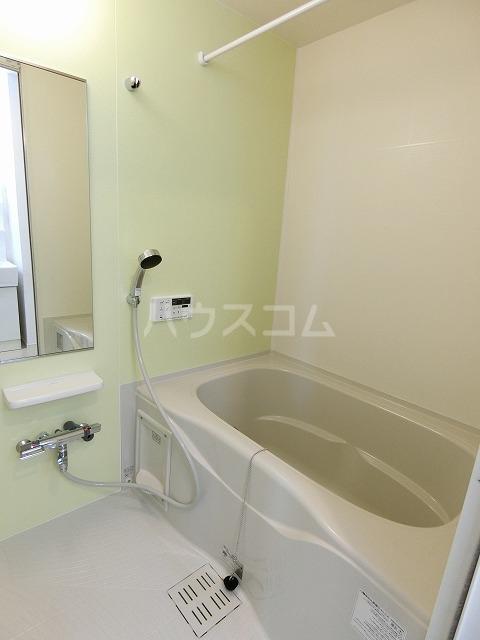 イースト アヴェニューB 03020号室の風呂