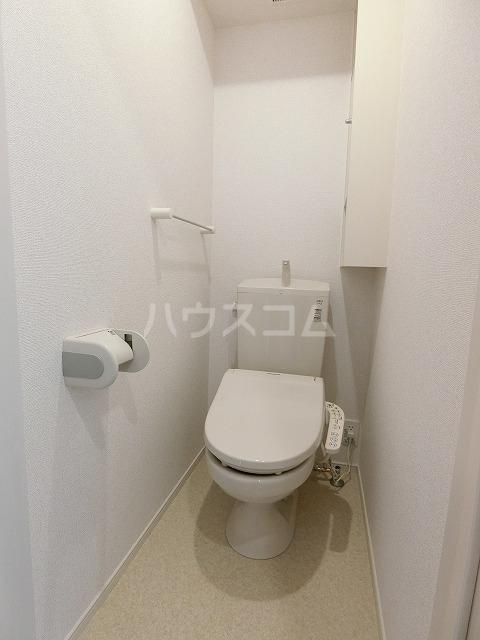 イースト アヴェニューB 03020号室のトイレ