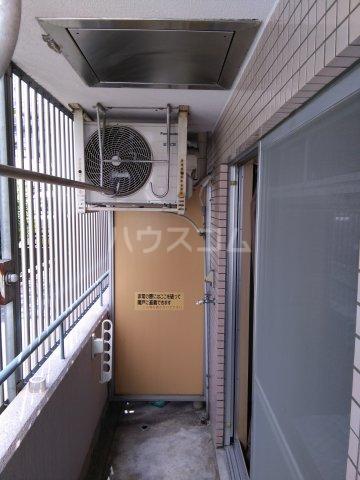 スペースイン金山 203号室のバルコニー