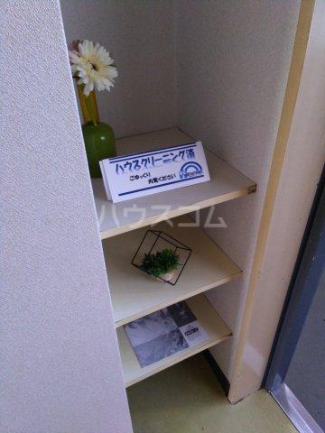 スペースイン金山 203号室のキッチン