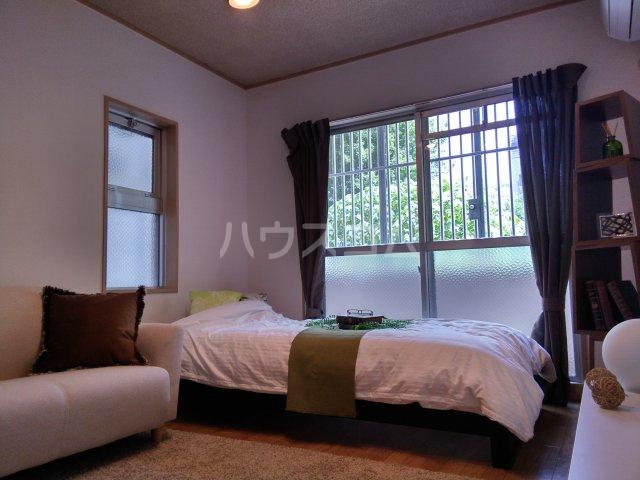 スペースイン金山 203号室のベッドルーム
