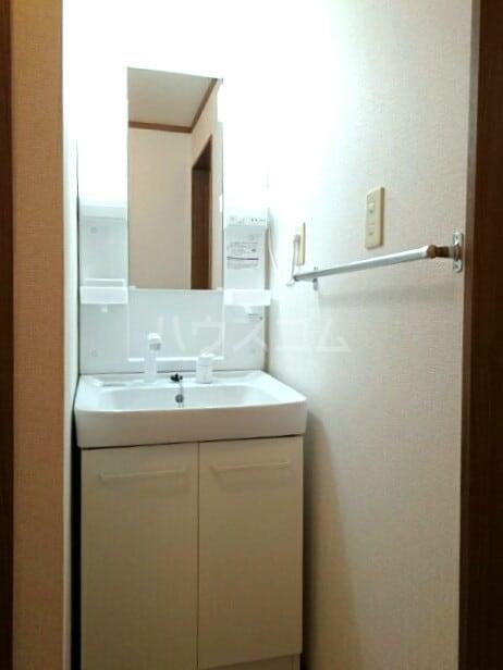 ソレア-ジュMK 02020号室の洗面所