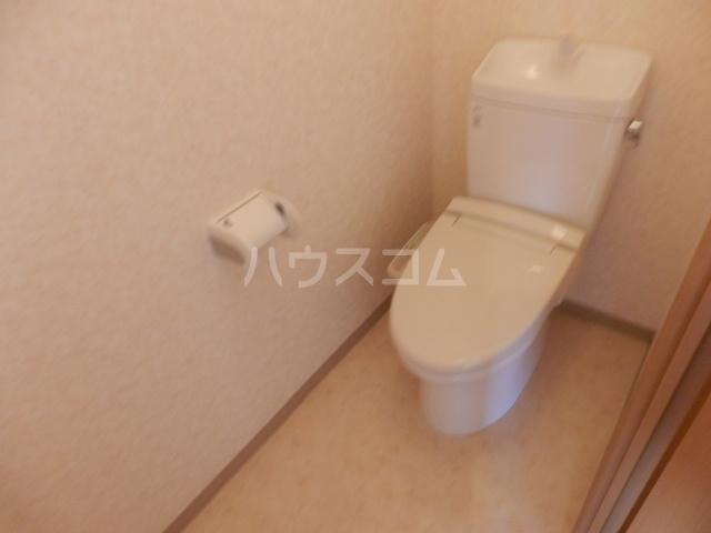アクシス 401号室のトイレ