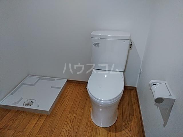 Villa Noir 101号室のトイレ