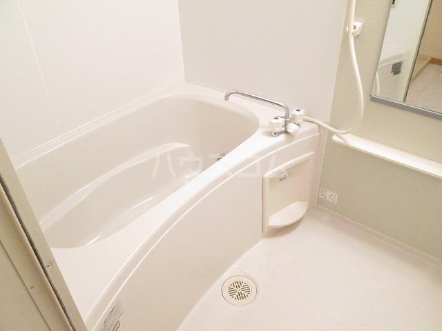 ポワールⅡ 02030号室の風呂