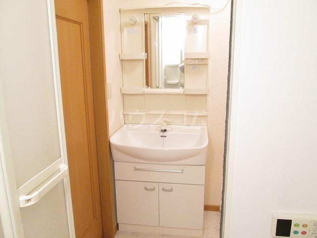 ポワールⅡ 02030号室の洗面所