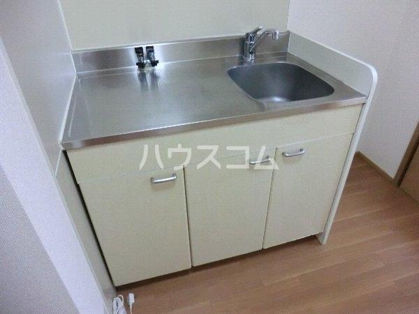 エトワール勝川 202号室のキッチン