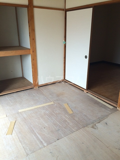 PEARLハイツ 203号室のベッドルーム
