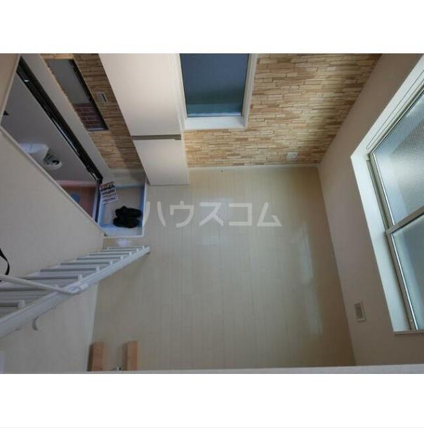 ユナイト南太田ジェラール・ピケ 107号室の玄関
