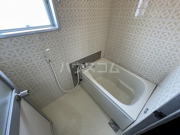 マンション加藤 205号室の風呂