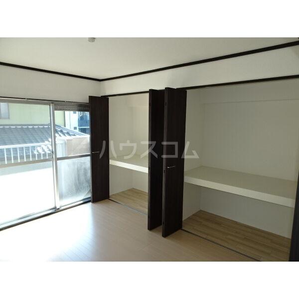 マンション加藤 205号室の収納