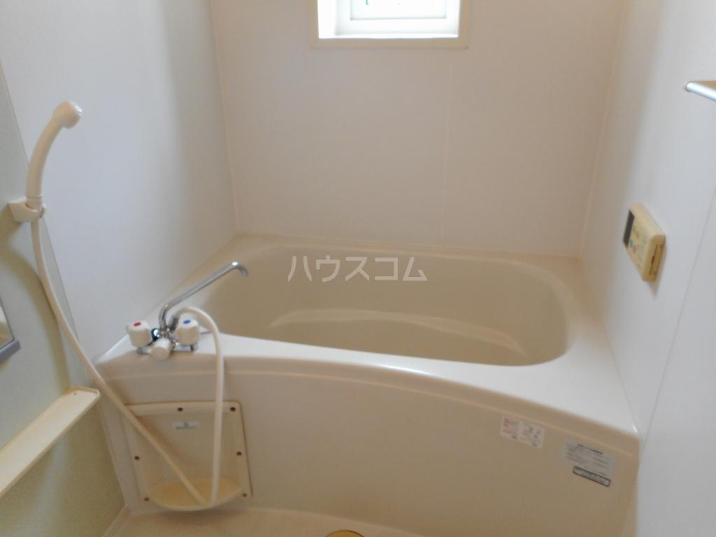 ソーレ・クラール 01030号室の風呂