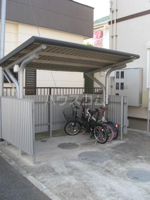 エーデルⅡ 01020号室の駐車場