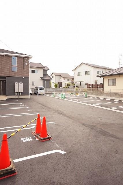 アネシス木太B 02010号室の駐車場