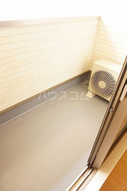 アネシス木太B 02010号室のバルコニー