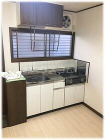 アーネスハイツ 201号室のキッチン