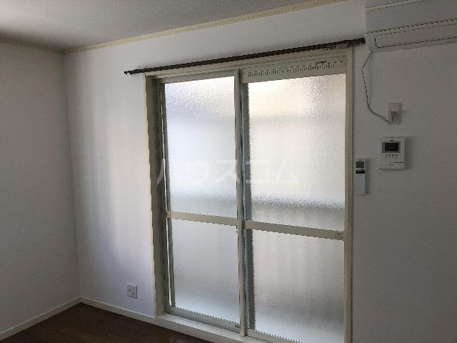 ルネッサンス 105号室の居室