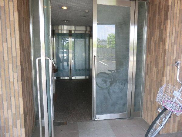 フェリーチェ勝川 103号室のエントランス