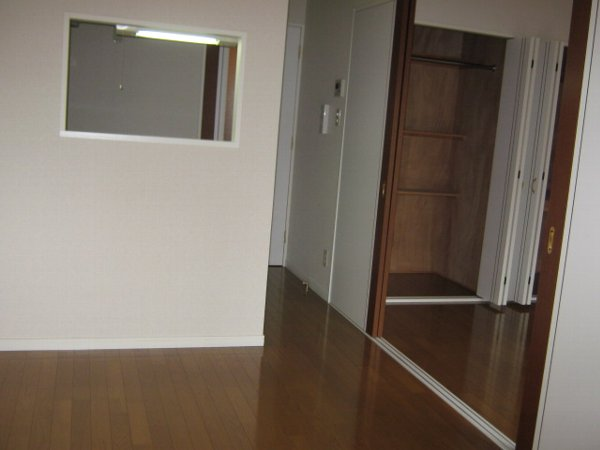 フェリーチェ勝川 103号室の