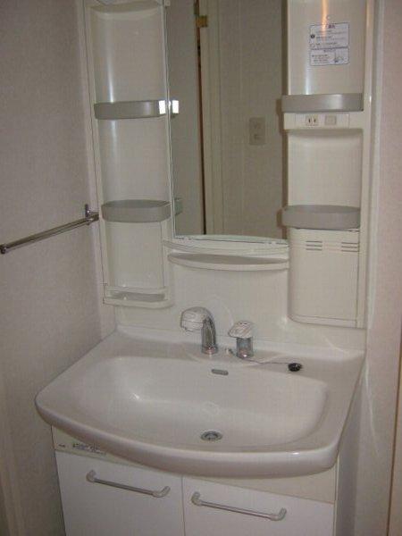 フェリーチェ勝川 103号室の洗面所