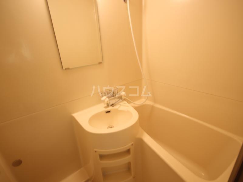 ハイツサンモリッツ 201号室の風呂