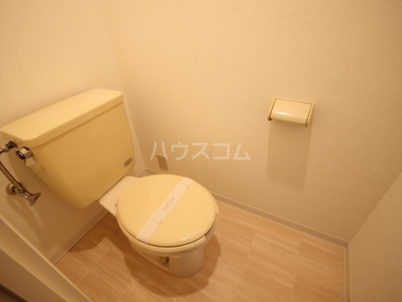 ハイツサンモリッツ 201号室のトイレ