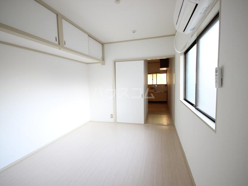 ハイツサンモリッツ 201号室のベッドルーム