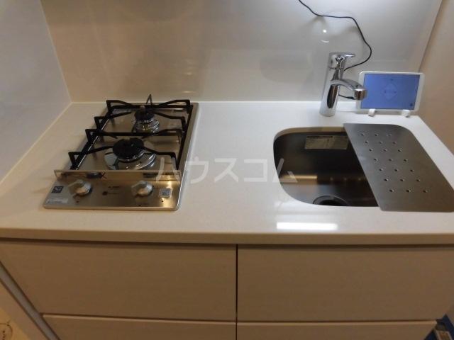ザ・パークハビオ柿の木坂 102号室のキッチン