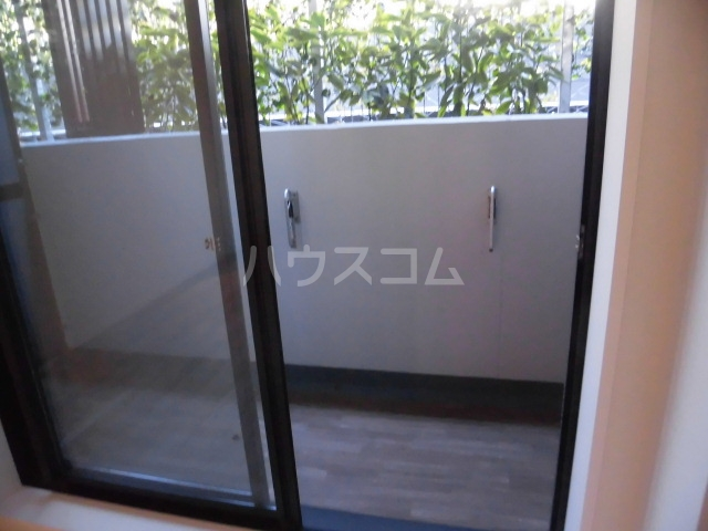 ザ・パークハビオ柿の木坂 102号室のバルコニー