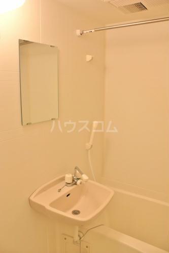 レオパレスWisteria 202号室の風呂