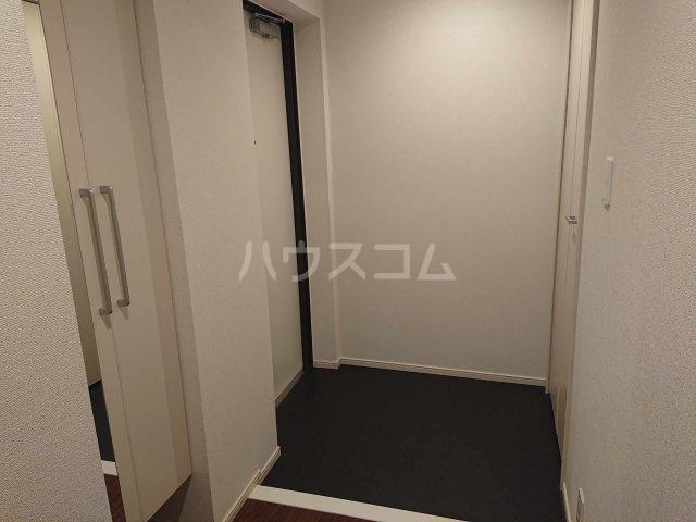 アルカディアⅧ 02010号室の玄関