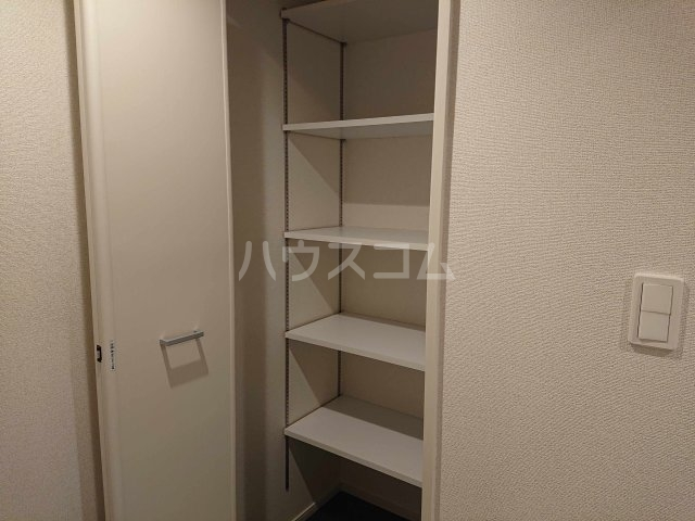 アルカディアⅧ 02010号室の収納