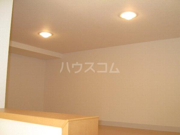 シャレ・プランタン 206号室のベッドルーム