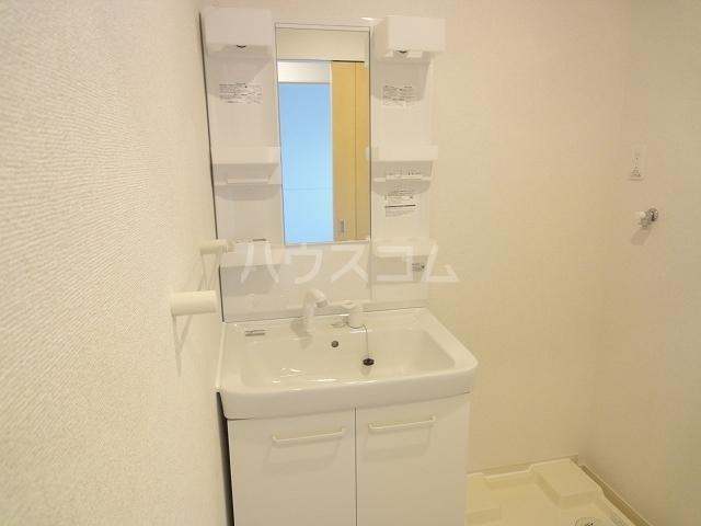グランソレイユ M 02040号室の風呂