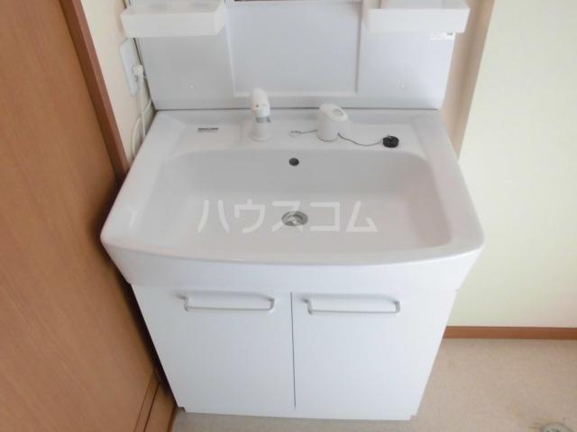 ピアビル 9-D号室のトイレ