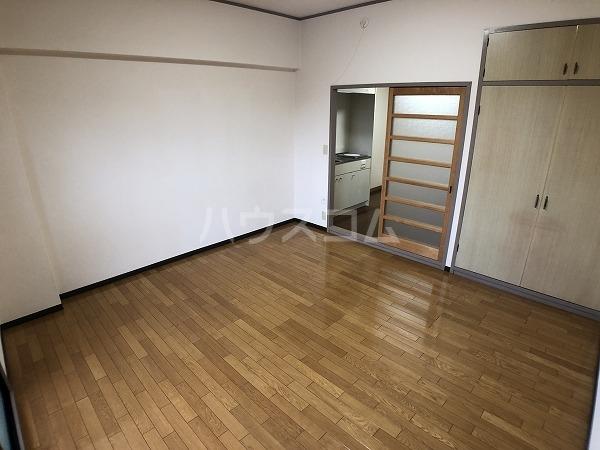 丸七コーポⅡ 203号室のベッドルーム