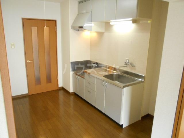 アンティーク21 103号室のキッチン