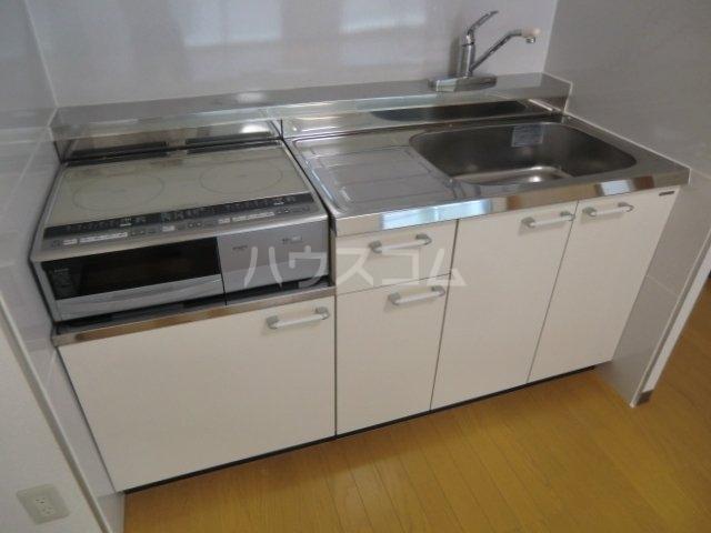 ノーブルライフ 502号室のキッチン