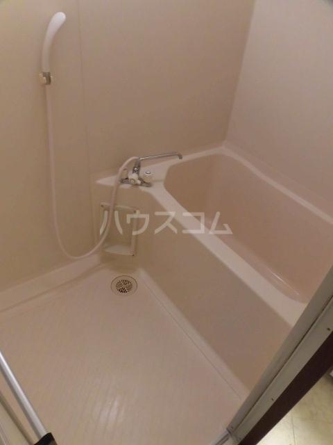 ノーブルライフ B203号室のトイレ