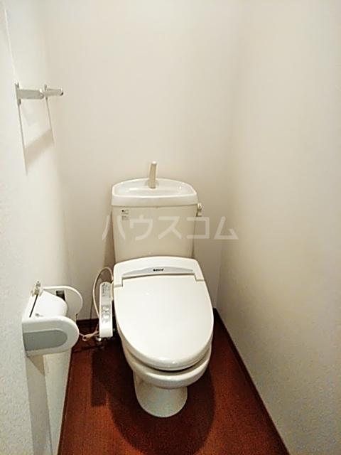 アムールメゾン 101号室のトイレ