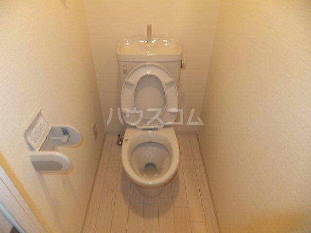 カーサK.R.C 205号室のトイレ