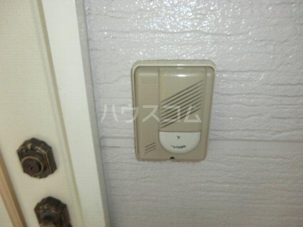 ローズハイツ 102号室のセキュリティ