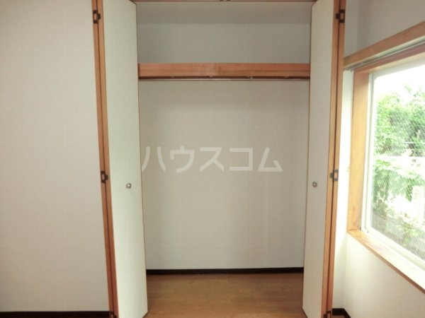 ローズハイツ 102号室の収納